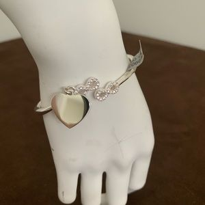 Open bangle with crystal stone infinity
